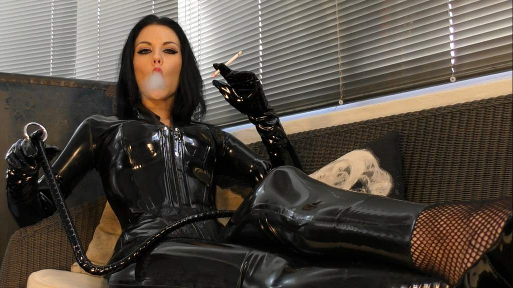 ashtray for Divine Latex Goddess